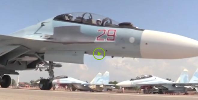 Sieu tiem kich Su-30SM xuat kich danh IS hinh anh