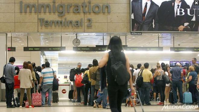Singapore: Nguoi bi tu choi nhap canh phai tra phi phat sinh hinh anh