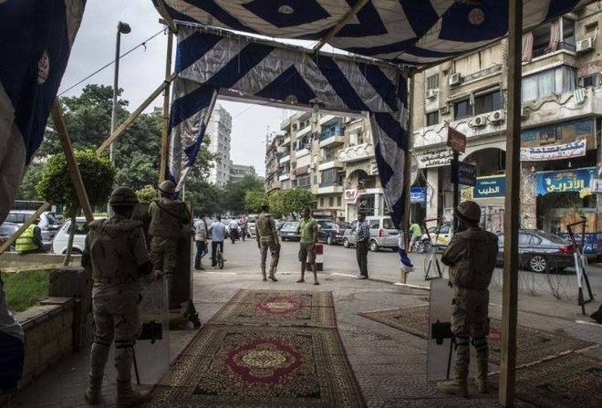 Vụ tấn công nhằm vào một nhà hàng ở thủ đô Cairo, Ai Cập. Ảnh: AFP