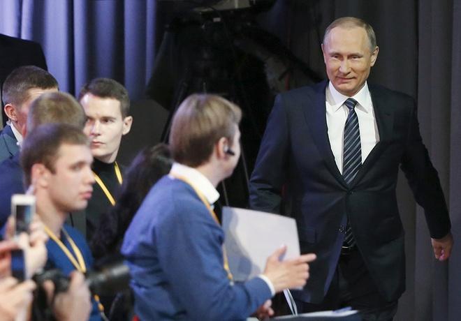 Tong thong Putin bat ngo chia se ve con gai hinh anh