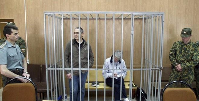 Nga truy na toan cau cuu trum dau mo Khodorkovsky hinh anh
