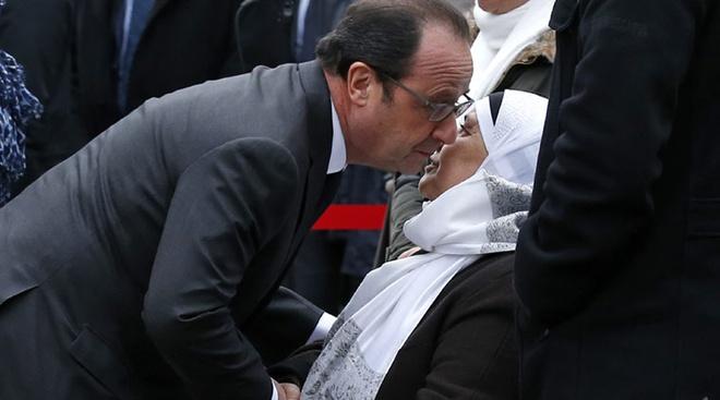 Paris tuong niem mot nam vu tan cong Charlie Hebdo hinh anh 6