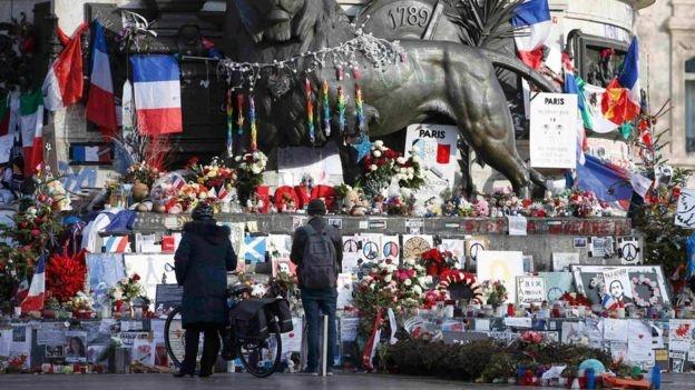Paris tuong niem mot nam vu tan cong Charlie Hebdo hinh anh 2