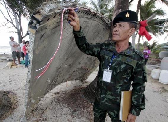 Vat the nghi cua MH370 nhieu kha nang la manh vo ten lua hinh anh