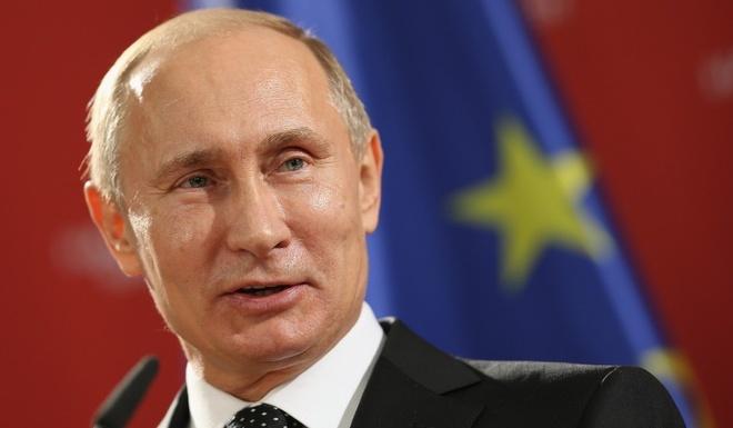 Tong thong Putin den Crimea hinh anh