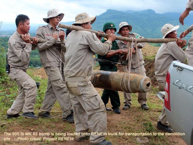 Nhung loai bom My tha xuong Viet Nam hinh anh 8