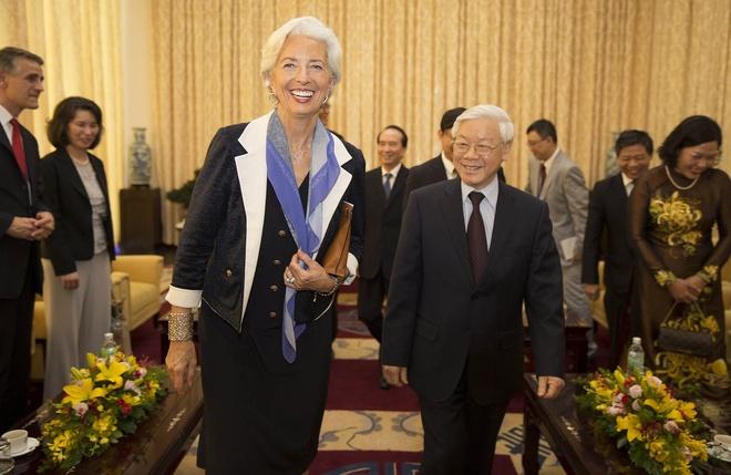 IMF: Nen kinh te VN se bi ton thuong neu khong cai cach hinh anh 1