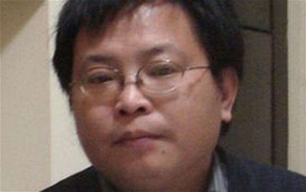 Quan tham Trung Quoc va nhung be boi quanh chiec the xanh My hinh anh 1