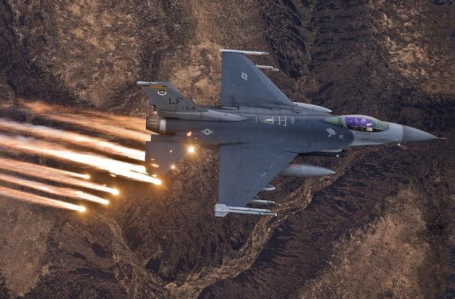 Bao My: Viet Nam quan tam toi tiem kich F-16, P-3C hinh anh