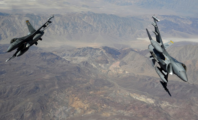 Dac tinh khong chien uu viet cua F-16 hinh anh 2