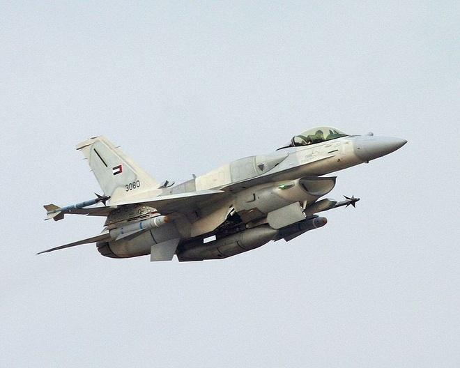 Dac tinh khong chien uu viet cua F-16 hinh anh 11