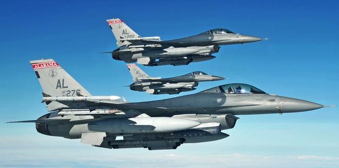 Dac tinh khong chien uu viet cua F-16 hinh anh 9