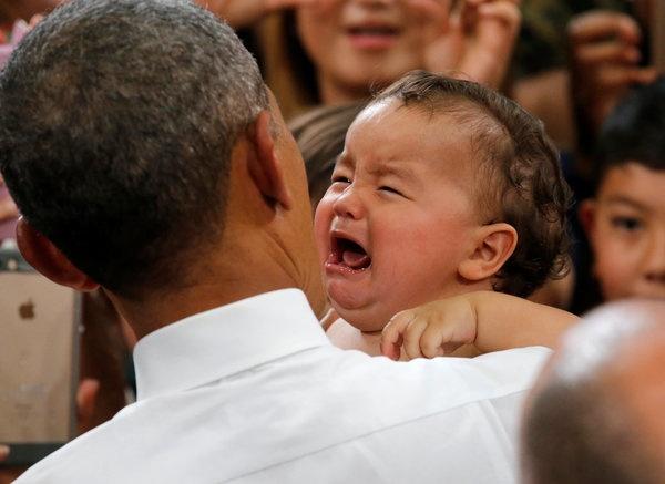 Tong thong Obama tro tai do tre o Nhat hinh anh