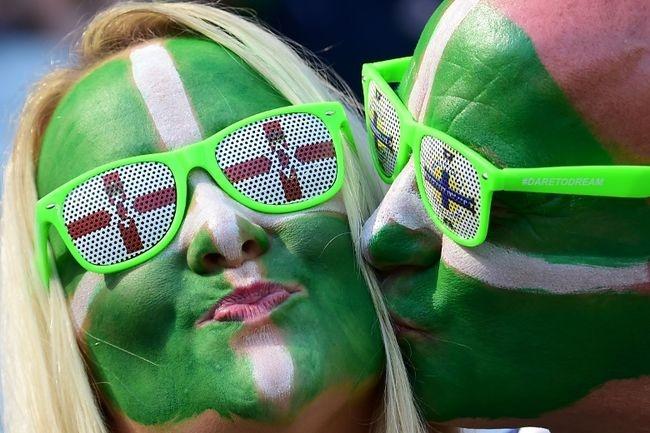 Muon kieu hoa trang cua co dong vien tai Euro 2016 hinh anh 13
