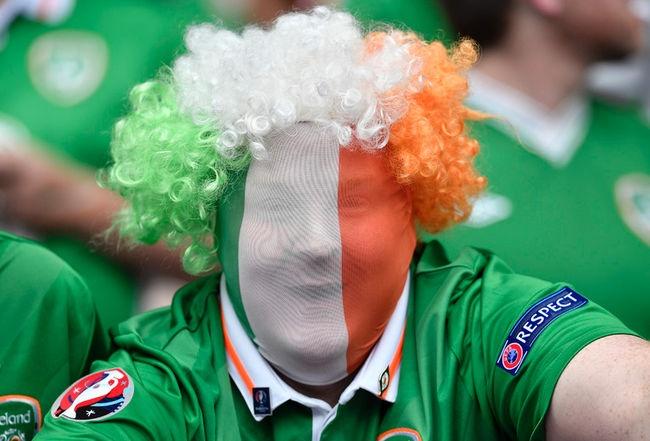 Muon kieu hoa trang cua co dong vien tai Euro 2016 hinh anh 3