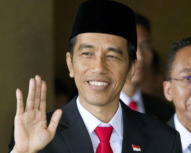 Tong thong Indonesia tham quan dao bi Trung Quoc 'dom ngo' hinh anh