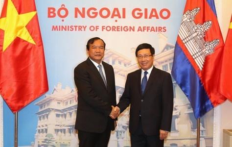 Viet Nam - Campuchia trao doi ve tinh hinh Bien Dong hinh anh