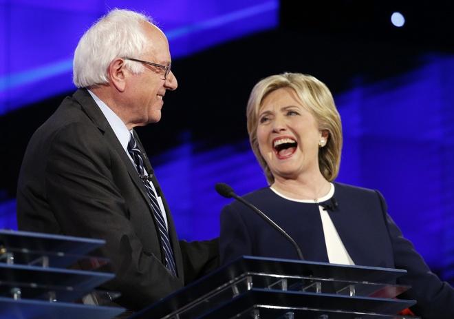 Bernie Sanders se bo phieu cho Hillary Clinton hinh anh 1