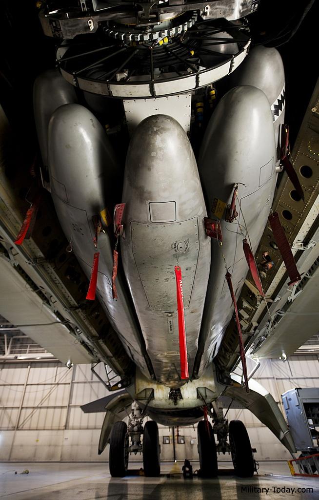 Ten lua nguy hiem nhat cua may bay B-52 hinh anh 7
