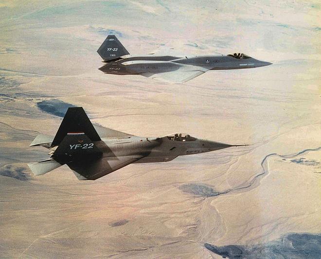 Sieu tiem kich YF-23 co the xuat sac hon F-22 hinh anh
