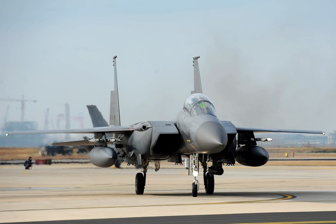 Tiem kich F-15 Eagle cua My anh 1