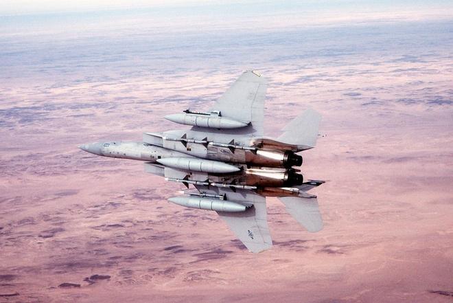 Tiem kich F-15 Eagle cua My anh 4