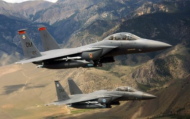 Tiem kich F-15 Eagle cua My anh 13