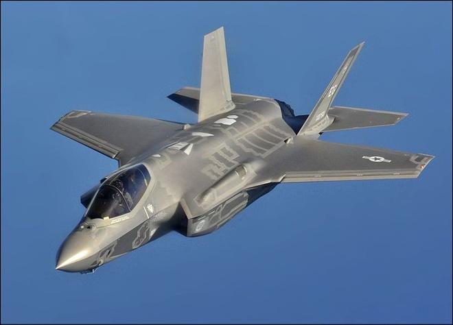 Tiem kich tang hinh F-35 anh 9