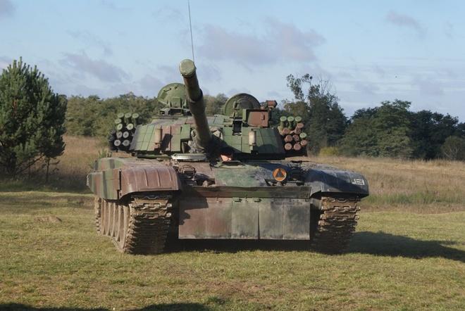 Xe tang PT-91 cua Ba Lan anh 1