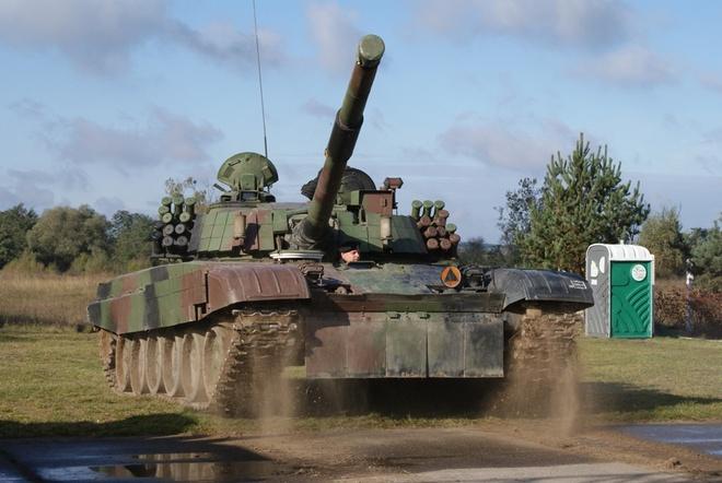 Xe tang PT-91 cua Ba Lan anh 4