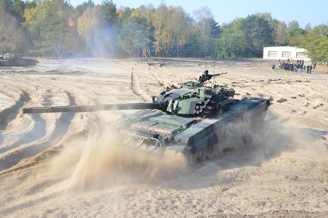 Xe tang PT-91 cua Ba Lan anh 3