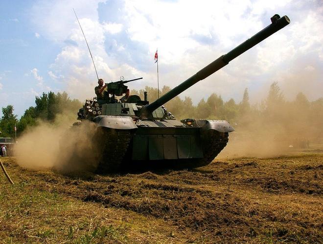 Xe tang PT-91 cua Ba Lan anh 6