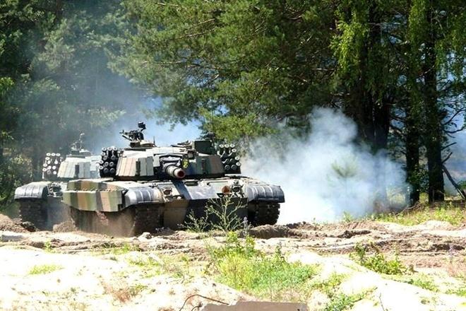 Xe tang PT-91 cua Ba Lan anh 7
