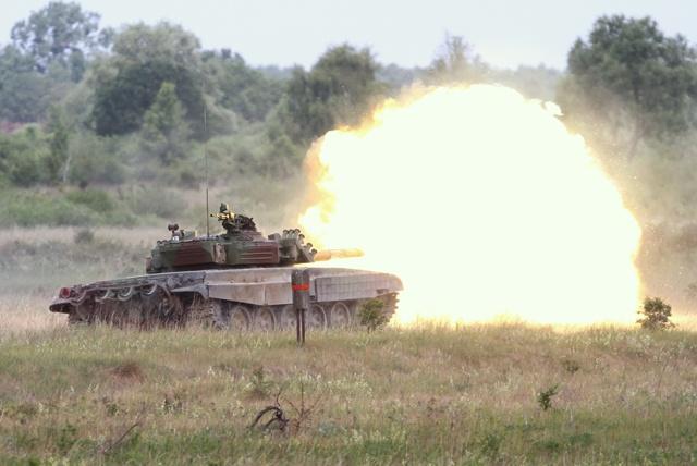 Xe tang PT-91 cua Ba Lan anh 5