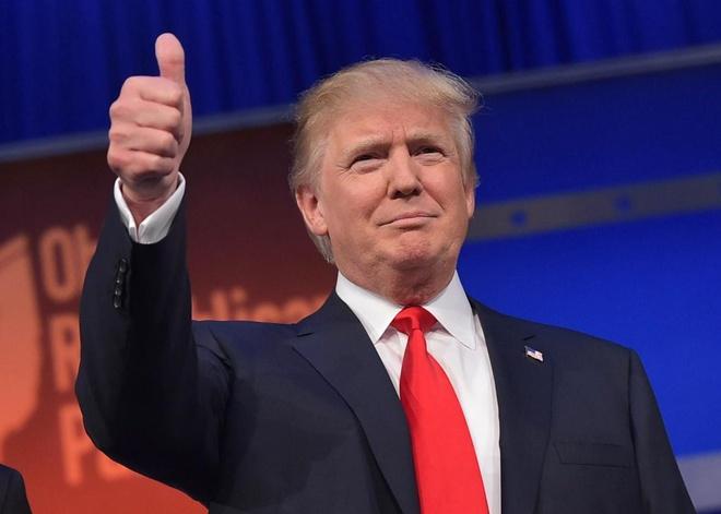 Trump thu hep khoang cach voi Clinton, chi thua 2 diem hinh anh 1