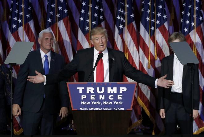 Trump xuat hien lan dau tien sau chien thang hinh anh