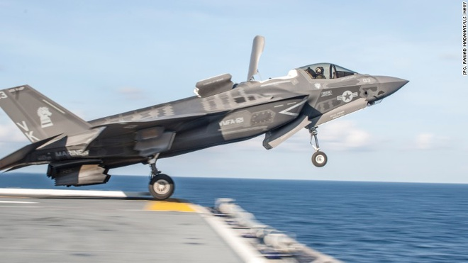 F-35, tiem kich dat nhat hanh tinh, chinh thuc den Nhat hinh anh
