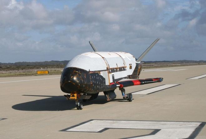 SpaceX se lan dau phong tau vu tru bi an X-37B hinh anh