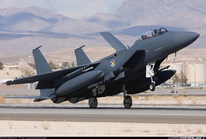 F-15K, at chu bai cua Han Quoc doi pho ten lua Trieu Tien hinh anh