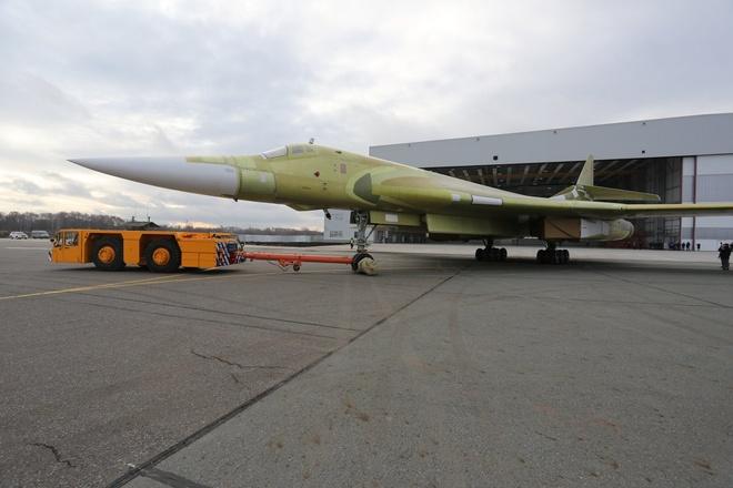 Nga tai san xuat 'Thien Nga trang' Tu-160M2 sau 25 nam hinh anh