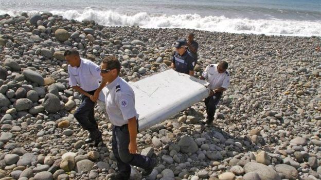 MH370 co the da bi dieu khien de dam xuong bien hinh anh 1