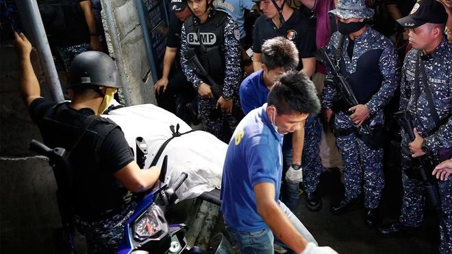 No trai giam o Philippines, 10 tu nhan vuot nguc thiet mang hinh anh