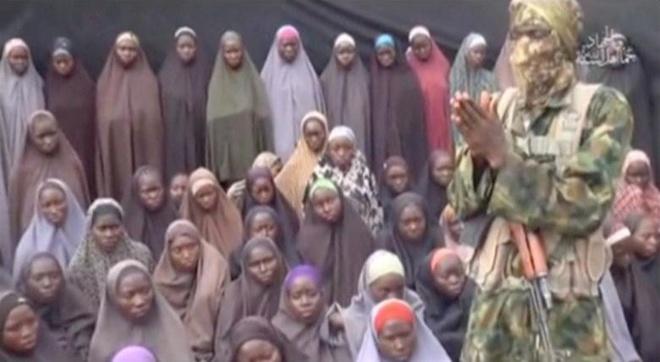 Boko Haram dang tai video nu sinh Nigeria bi mat tich hinh anh