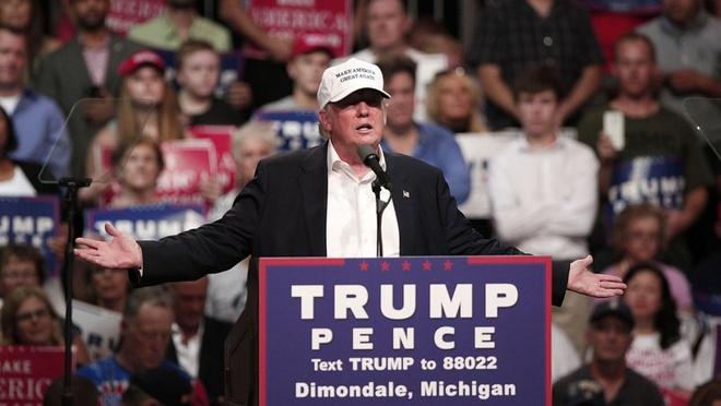 Donald Trump thay doi chien luoc de dao nguoc tinh the hinh anh 2