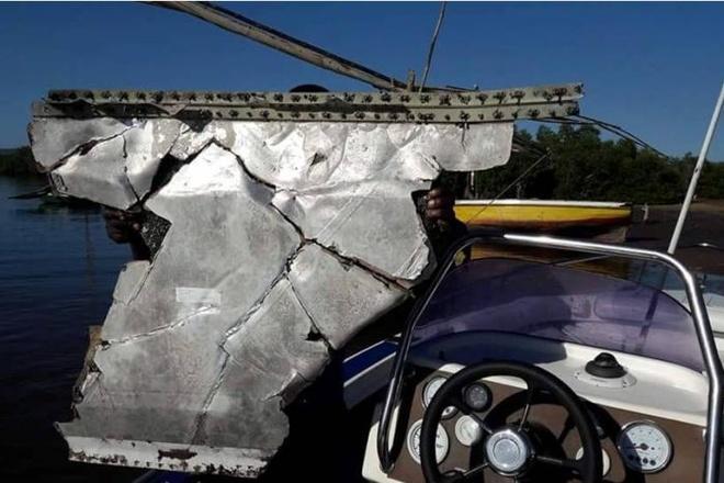 Phat hien manh vo may bay nghi cua MH370 o Mozambique hinh anh 1