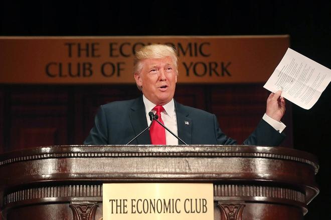 NY Times: Bao lo 916 trieu USD, Trump tron thue 18 nam? hinh anh 1