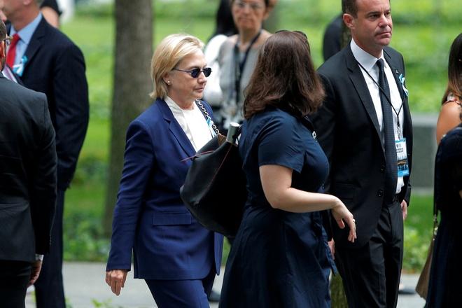 Ba Clinton ngat xiu vi viem phoi trong le tuong niem 11/9 hinh anh 1