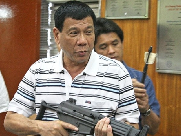 Sat thu to Duterte giet 1.000 nguoi se khong duoc bao ve hinh anh