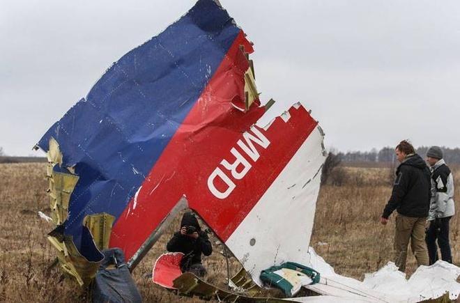 Dieu tra vien quoc te: MH17 bi ten lua Nga ban roi hinh anh