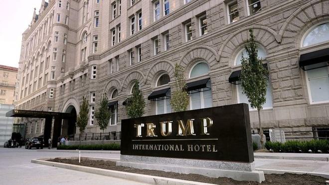 Tai san cua Trump giam 800 trieu USD sau mot nam hinh anh 1